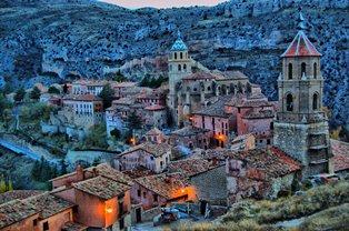 Albarracin bij nacht klein